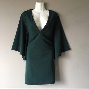 Lulu's | Forest Green Bell Sleeve Body Dress XL